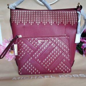 MK purse hand / shoulder bag Crossbody w/ wristlet